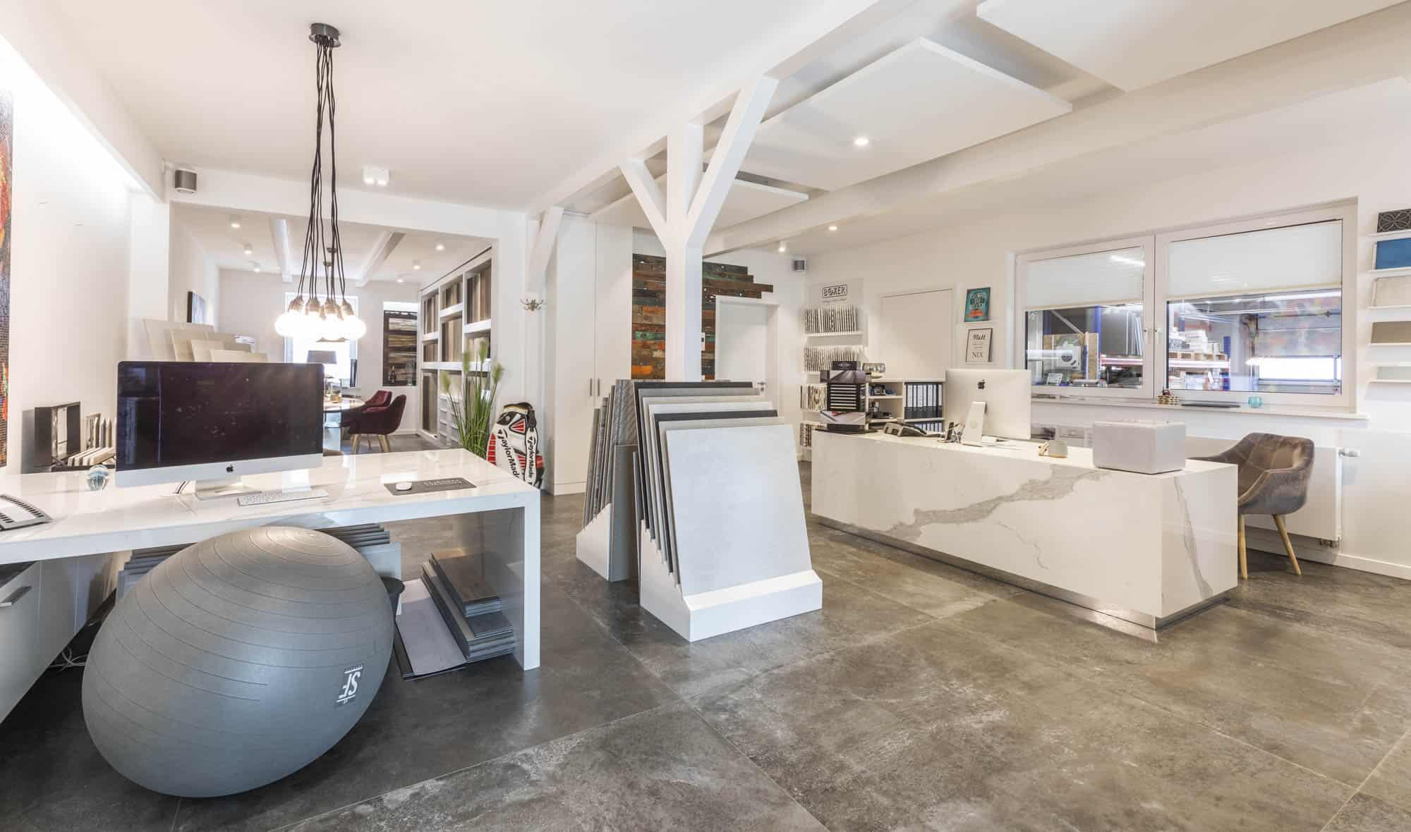 Fliesen Design Showroom Fliesenleger und Fliesen Handel in der Region Lübeck